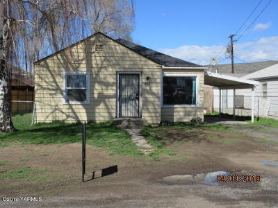 Yakima Single Family Home For Sale: 613 Hathaway St