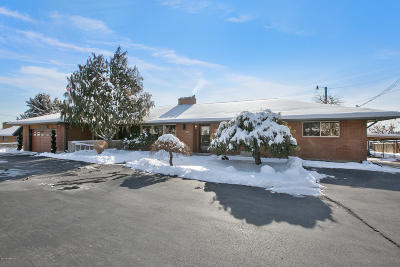 Yakima Single Family Home For Sale: 5906 W Lincoln Ave
