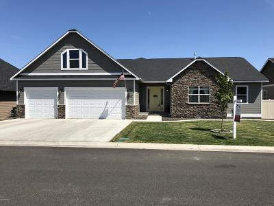 Yakima Single Family Home For Sale: 2107 S 79th Ave
