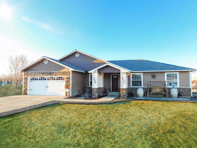 Yakima Single Family Home For Sale: 3323 S 79th Ave