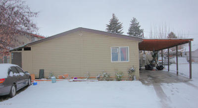 Yakima Single Family Home For Sale: 704 N 14th Ave