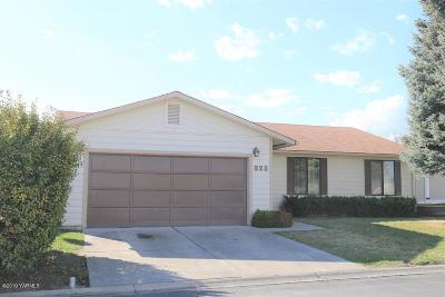 Yakima Single Family Home For Sale: 325 S 76th Ave