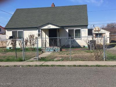 Sunnyside Single Family Home Ctg Financing: 621 S 12th St