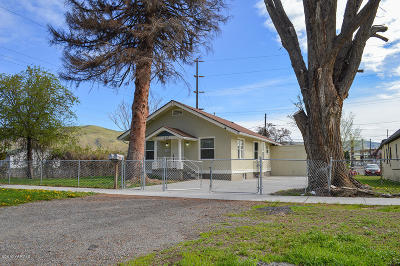 Yakima Single Family Home For Sale: 715 N 6th St