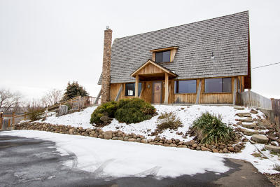 Yakima Single Family Home For Sale: 1960 Cook Rd