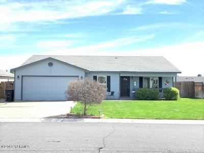 Yakima Single Family Home For Sale: 2129 S 67th Ave