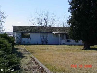 Zillah WA Single Family Home For Sale: $299,900