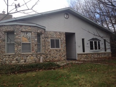 Three Lakes WI Single Family Home Sold: $40,000