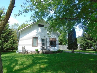 Mosinee Single Family Home Active - With Offer: 583 Cherry Street