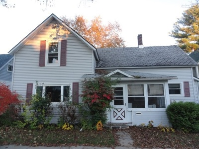 Merrill Single Family Home For Sale: 309 Cottage Street