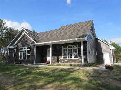 Stevens Point Single Family Home Active - With Offer: 2229 Legacy Lane