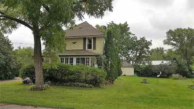 Almond Single Family Home Active - With Offer: 1287 Portage Street