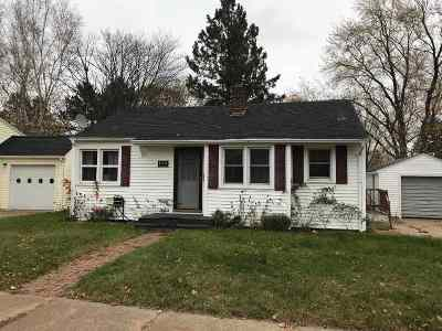 Wausau Single Family Home Active - With Offer: 1423 Cherry Street