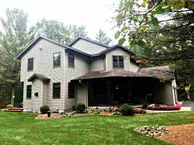Wisconsin Rapids Single Family Home Active - With Offer: 4511 Black Forest Drive