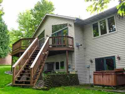 Merrill Single Family Home For Sale: N2198 Rae Drive