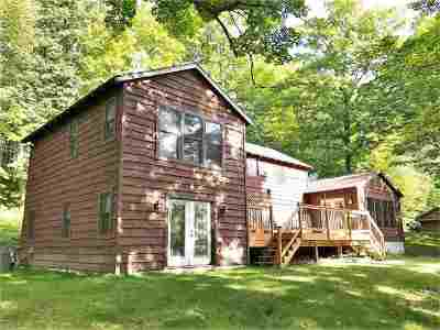 Tomahawk Single Family Home Active - With Offer: N9162 County Road B