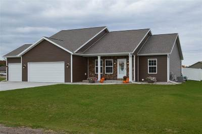 Plover Single Family Home Active - With Offer: 3140 Darlington Place