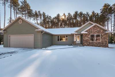 Wisconsin Rapids Single Family Home Active - With Offer: 5410 Silver Fox Court
