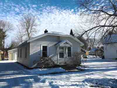 Wausau Single Family Home Active - With Offer: 1513 Cleveland Avenue