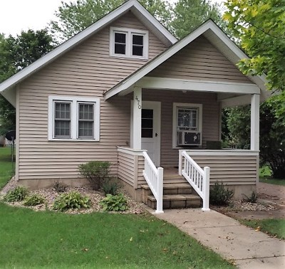 Iola Single Family Home Active - With Offer: 470 E Iola Street