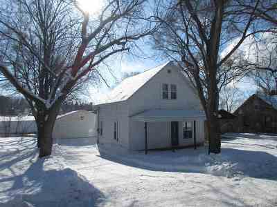 Mosinee Single Family Home For Sale: 513 Brown Street