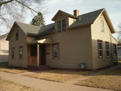 Wausau Single Family Home For Sale: 607 Lincoln Avenue