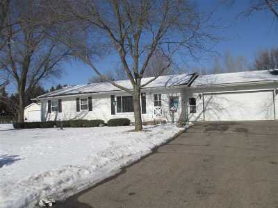 Amherst Junction Single Family Home Active - With Offer: 9356 Nelson Street