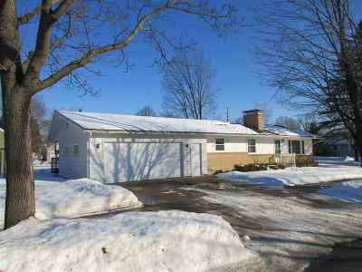 Wausau Single Family Home Active - With Offer: 905 N 7th Avenue