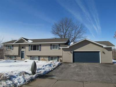 Mosinee Single Family Home Active - With Offer: 1005 16th Street