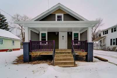 Wausau Single Family Home Active - With Offer: 1506 Cleveland Avenue