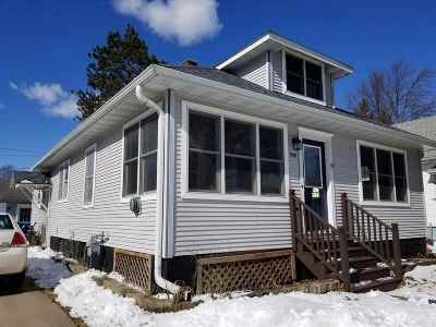 Wausau Single Family Home For Sale: 940 S 7th Avenue