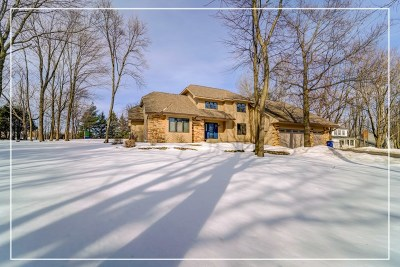 Wausau Single Family Home Active - With Offer: 1810 Woodland Ridge Road