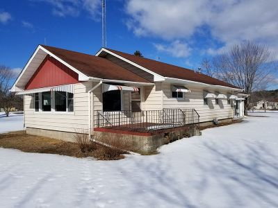 Mosinee Single Family Home Active - With Offer: 2343 Lakeshore Drive