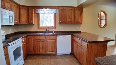 Merrill Single Family Home For Sale: 1105 Jefferson Street