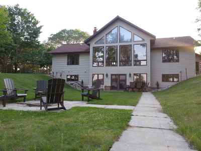 Mosinee Single Family Home For Sale: 1500 Plum Lane