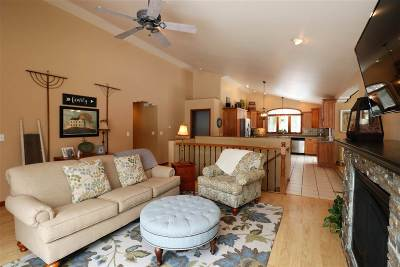 Weston Single Family Home For Sale: 6106 Mary Lane