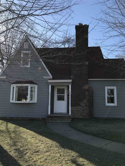 Mosinee Single Family Home Active - With Offer: 713 7th Street