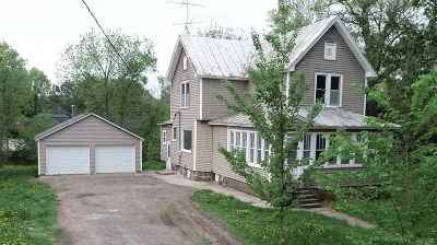 Amherst Single Family Home For Sale: 401 Mill Street