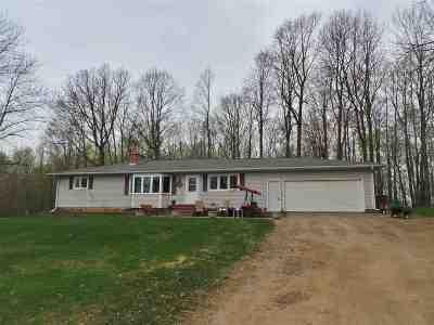 Gilman Single Family Home For Sale: N4085 Elder Drive