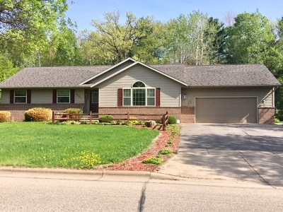 Wausau WI Single Family Home Active - With Offer: $197,000