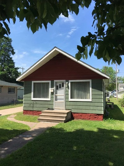 Wausau Single Family Home Active - With Offer: 1122 S 11th Avenue