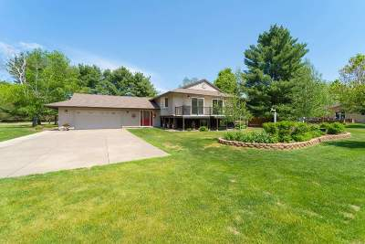Wausau Single Family Home Active - With Offer: 1509 N 77th Avenue