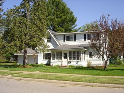 Merrill Single Family Home For Sale: 1010 E 9th Street