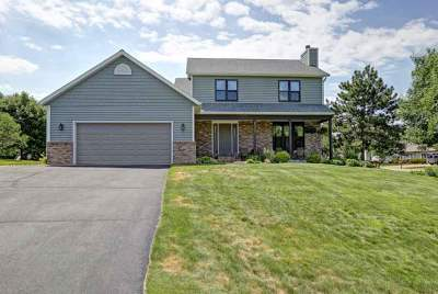 Wausau Single Family Home Active - With Offer: 2906 Quail Avenue