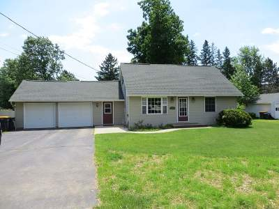 Wausau Single Family Home Active - With Offer: 1903 Robin Lane