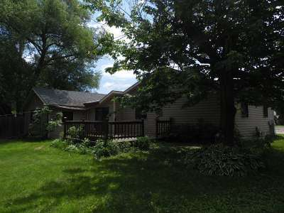 Merrill Single Family Home For Sale: 1102 W 10th Street