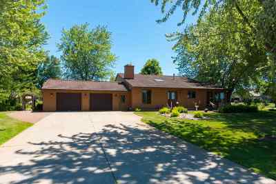 Rudolph Single Family Home For Sale: 6864 Dairyland Lane