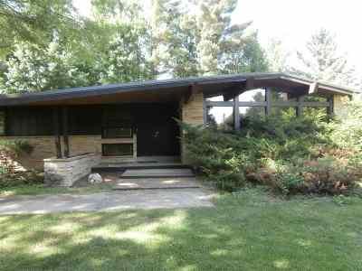 Stevens Point Single Family Home For Sale: 5972 Highway 10