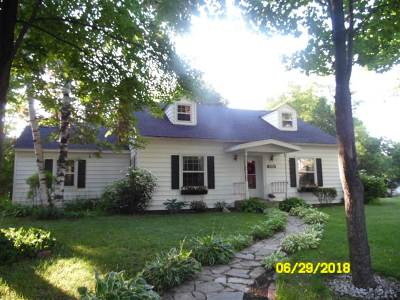 Mosinee Single Family Home Active - With Offer: 301 2nd Street