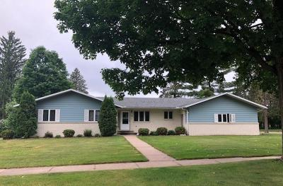 Merrill Single Family Home Active - With Offer: 708 Cedar Street